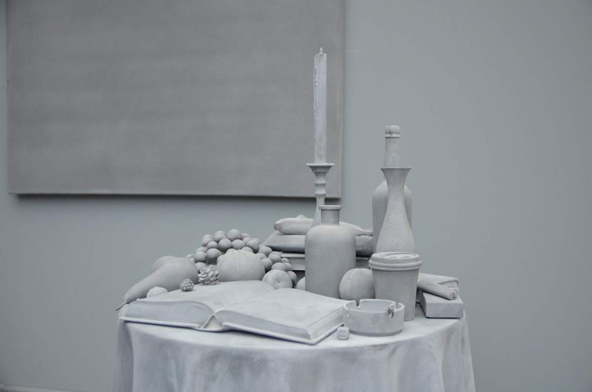 Hans Op de Beeck: The Collector's House, 2016, installaiton detail. Courtesy Marianne Boesky Gallery, Galleria Continua, Galerie Krinzinger at Art Basel Unlimited 2016