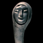 Skulptur aus der Ausstellung To Catch a Ghost